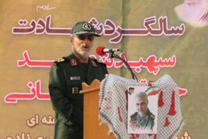 """تمام افتخار سردار شهید سلیمانی به این بود که او را """"سرباز وطن"""" خطاب کنند"""